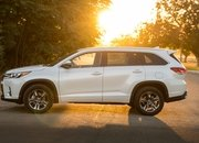 The 2020 Toyota Highlander Debuts With an All-New Look and Better Efficiency - image 836573