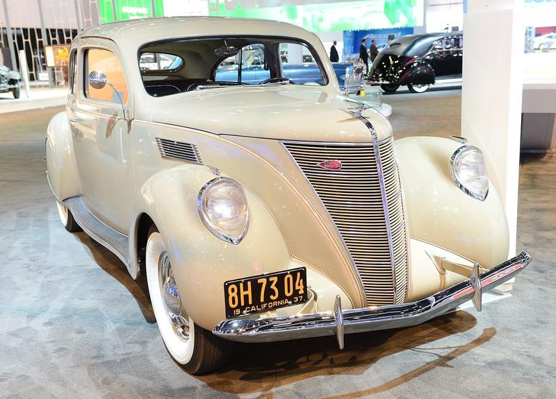 The Lincoln Zephyr Could be a Rear-Wheel-Drive Replacement for the Lincoln MKZ