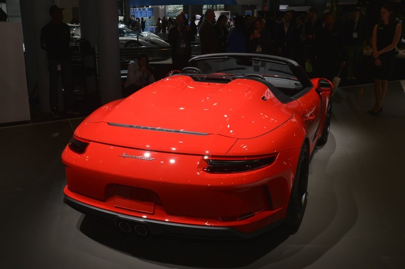 Want One of the 1,948 Examples of the 2019 Porsche 911 Speedster? It'll Cost You $275,000
