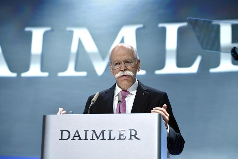 Dieter Zetsche steps down as Daimler CEO, drives off in a BMW i8