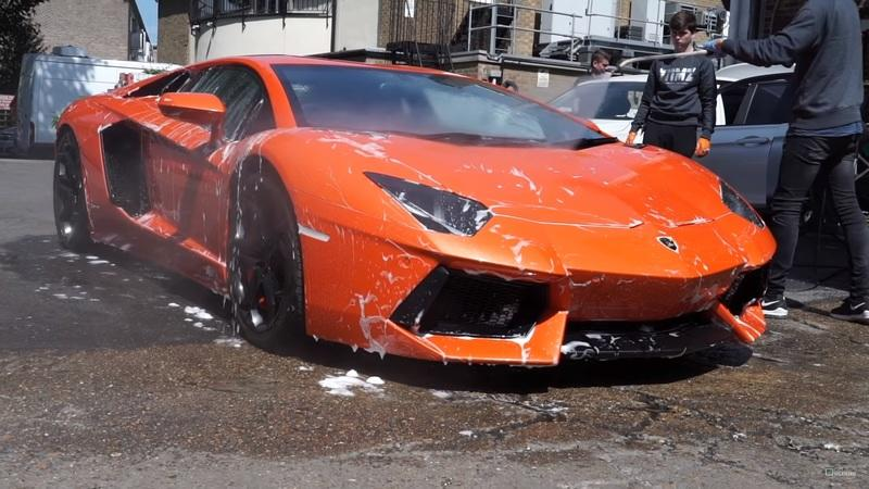 Kids Have It Good These Days - They Can Even Learn to Drive in a Lamborghini Aventador