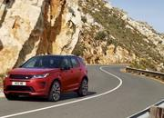 Land Rover finally updates the old Discovery Sport, add new tech and sporty features - image 840279