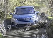 Land Rover finally updates the old Discovery Sport, add new tech and sporty features - image 840304