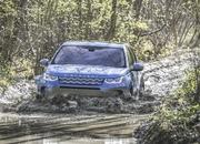 Land Rover finally updates the old Discovery Sport, add new tech and sporty features - image 840305