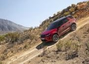 Land Rover finally updates the old Discovery Sport, add new tech and sporty features - image 840312
