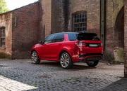 Land Rover finally updates the old Discovery Sport, add new tech and sporty features - image 840334