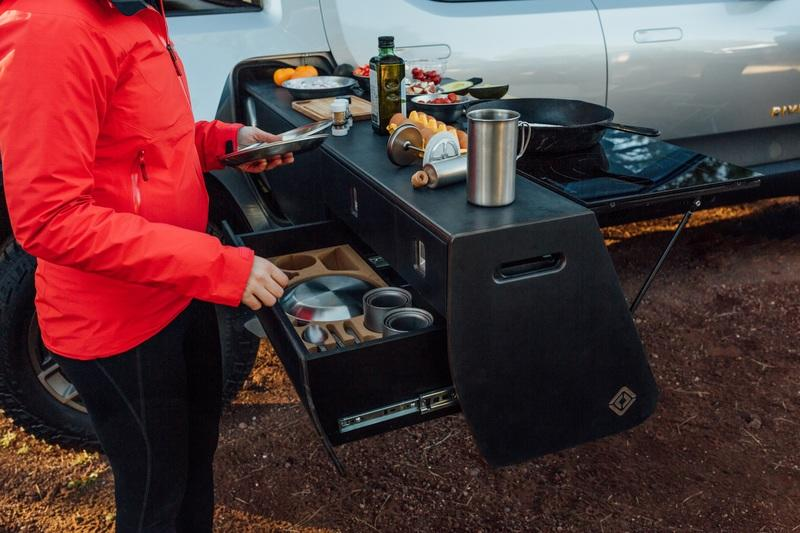 The Rivian R1T-Based Camper Is Way Cooler Than the Pickup - image 839963
