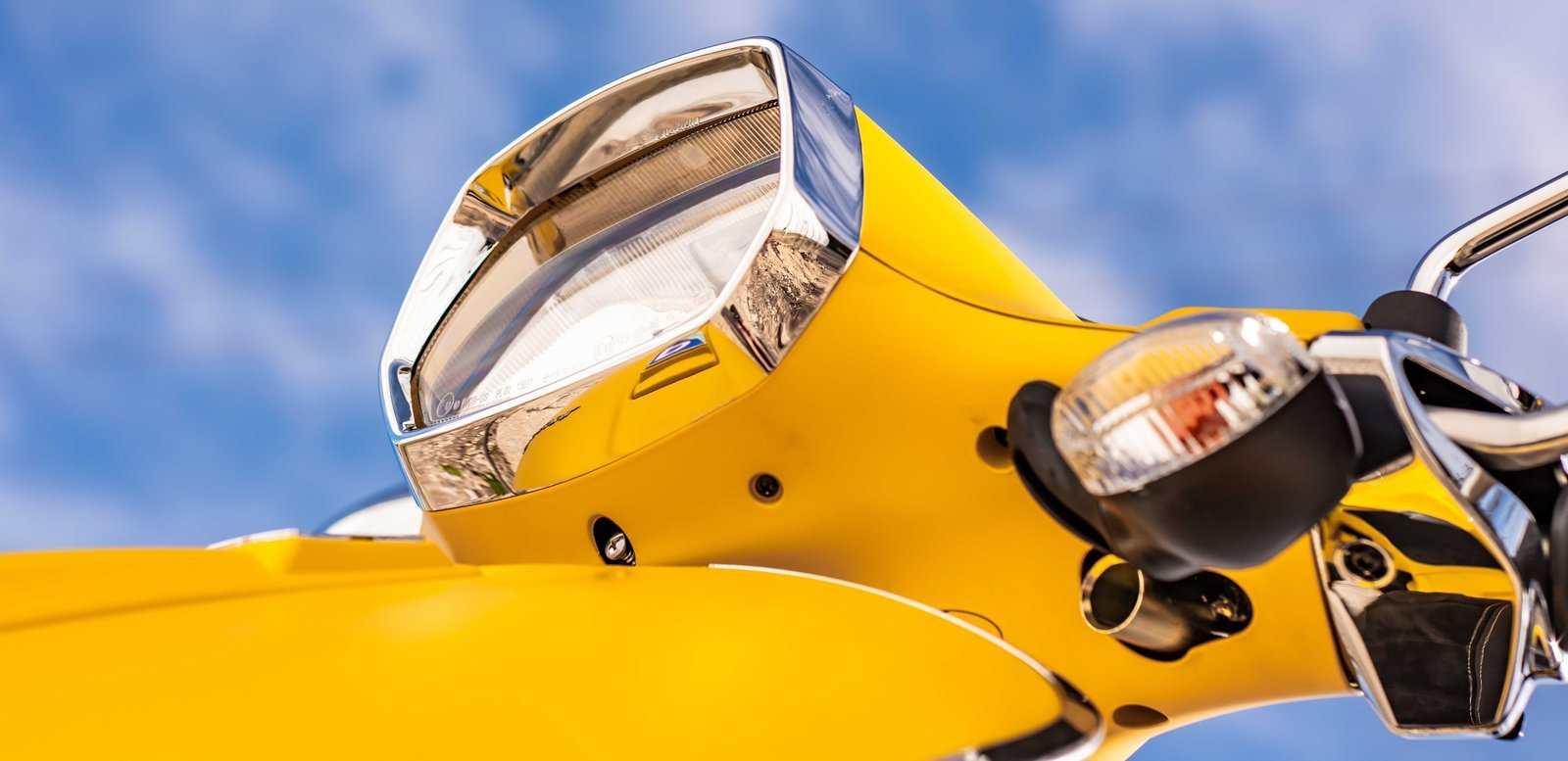 2018 Vespa Sprint Pictures, Photos, Wallpapers.