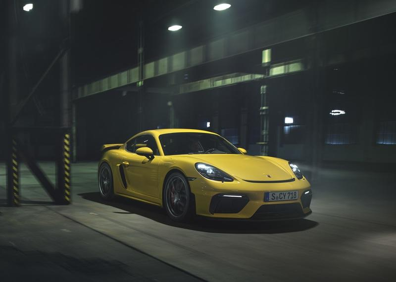 Wallpaper of the Day: 2020 Porsche 718 Cayman GT4 - image 845489