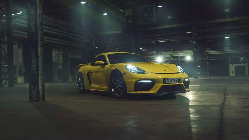 Matt Farah Exposes The One Thing Wrong With the 2020 Porsche Cayman GT4