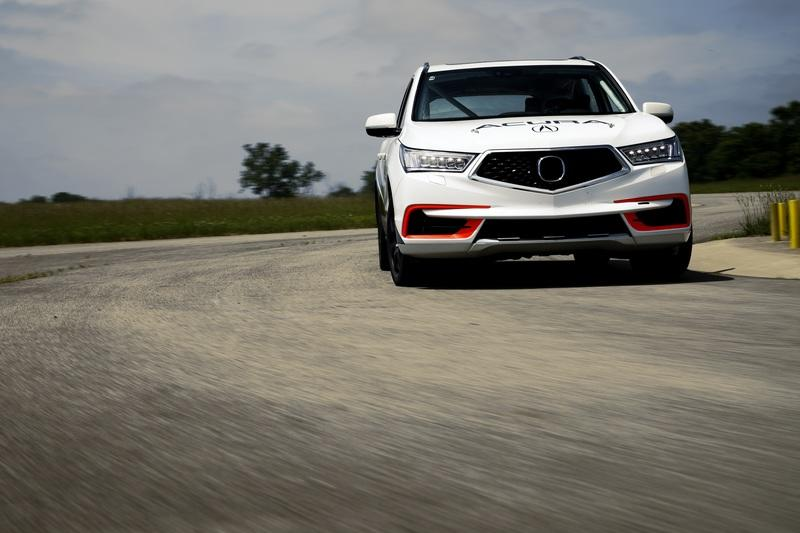 Acura Plans To Race Up Pikes Peak With A 400 Horsepower MDX Sport Hybrid