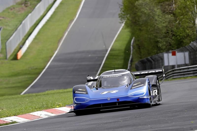 The Volkswagen ID.R Just Slaughtered the Nurburgring - Here's How Fast