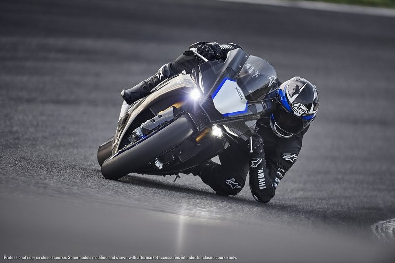 Yamaha YZF-R1 Photos , Pictures (Pics), Wallpapers   Top Speed