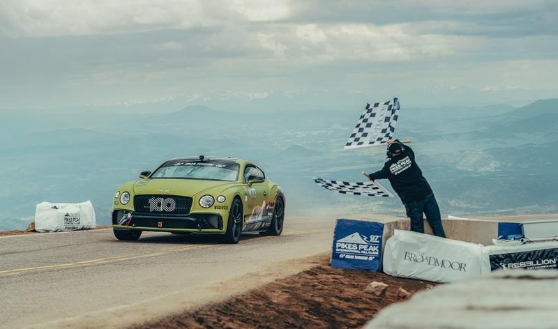The Bentley Continental GT Just Kicked The Porsche 911 Turbo's Ass Up Pikes Peak