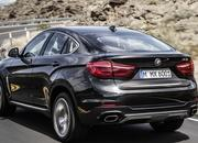 The new BMW X6 features a new, huge grille, remains the uglier brother of the X5 - image 847671