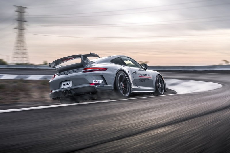 Your Full Guide To The Porsche Driving Experience Courses - image 847388