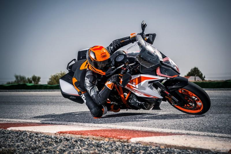 2019 KTM 1290 Super Duke GT - image 855442