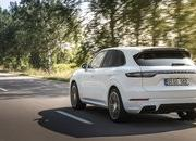 2020 Porsche Cayenne Turbo S E-Hybrid tops the range with 670 horsepower - image 855535