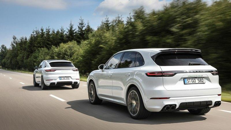 2020 Porsche Cayenne Turbo S E-Hybrid tops the range with 670 horsepower - image 855531