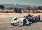 Porsche's 99X Electric Race Car Wants a Piece of Formula E - image 858246