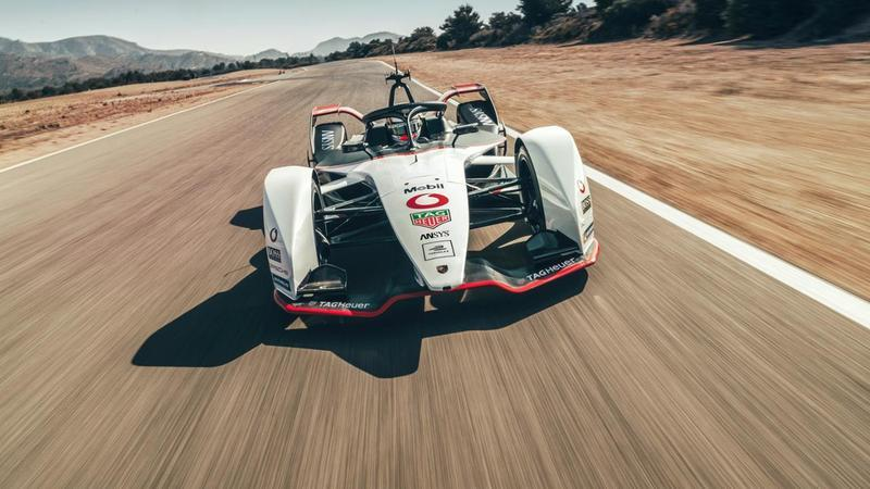 Porsche's 99X Electric Race Car Wants a Piece of Formula E - image 858244