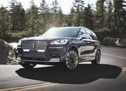 The Lincoln Aviator Hybrid Is More Powerful than the Chevrolet C8 Corvette - image 855743
