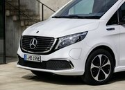 The 2020 Mercedes EQV Is the First Electric Luxury MPV, but Is It More than a V-Class with a Heart of Lithium? - image 856609