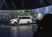 The 2020 Mercedes EQV Is the First Electric Luxury MPV, but Is It More than a V-Class with a Heart of Lithium? - image 856647