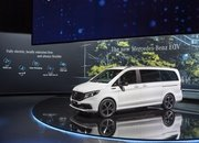 The 2020 Mercedes EQV Is the First Electric Luxury MPV, but Is It More than a V-Class with a Heart of Lithium? - image 856654