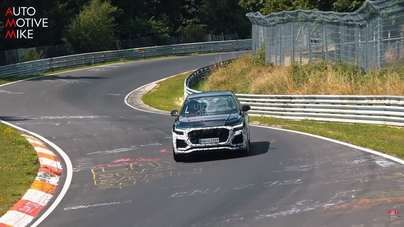 Video: Is That a Mild-Hybrid V-8 Making All That Noise Under the Hood of the 2020 Audi Q8 RS?