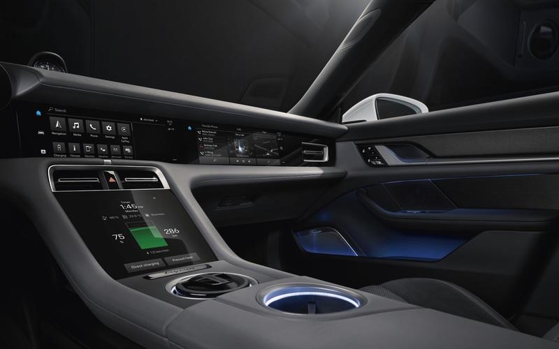 You Can Have Up to Five Screens Inside the New Porsche Taycan - image 857173