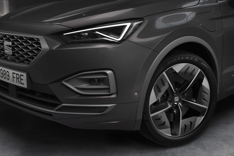 You Can Now Have the SEAT Tarraco in PHEV Form and It Isn't Half Bad Exterior - image 858116