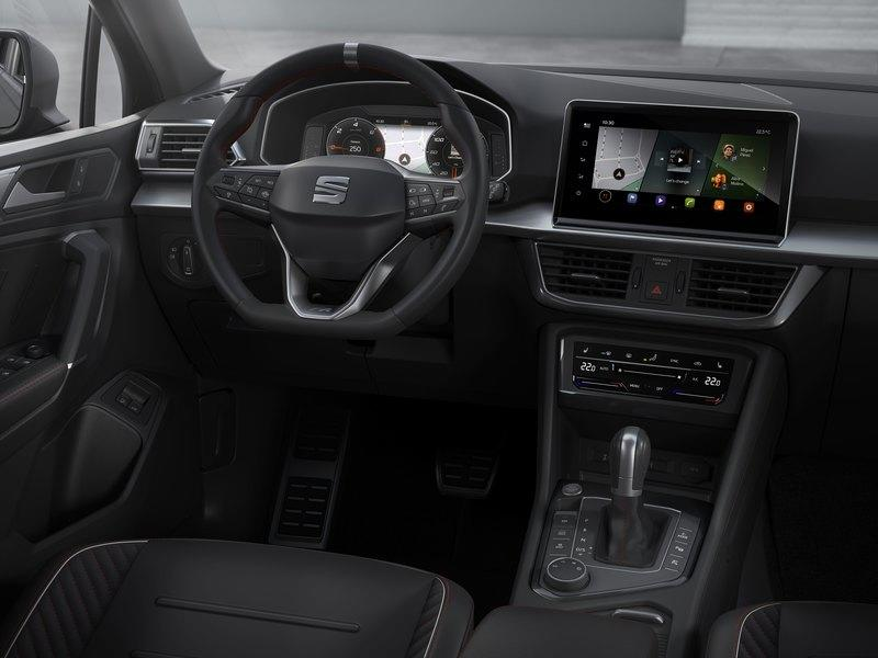 You Can Now Have the SEAT Tarraco in PHEV Form and It Isn't Half Bad Interior - image 858118