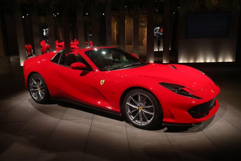 Cool Quirks About The New Ferrari 812 GTS - image 862269