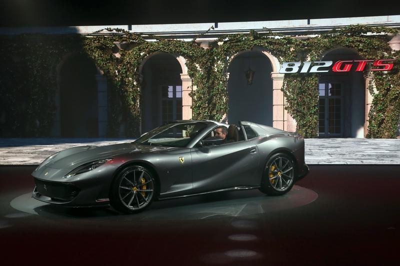 Cool Quirks About The New Ferrari 812 GTS