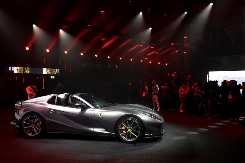 Cool Quirks About The New Ferrari 812 GTS - image 862266