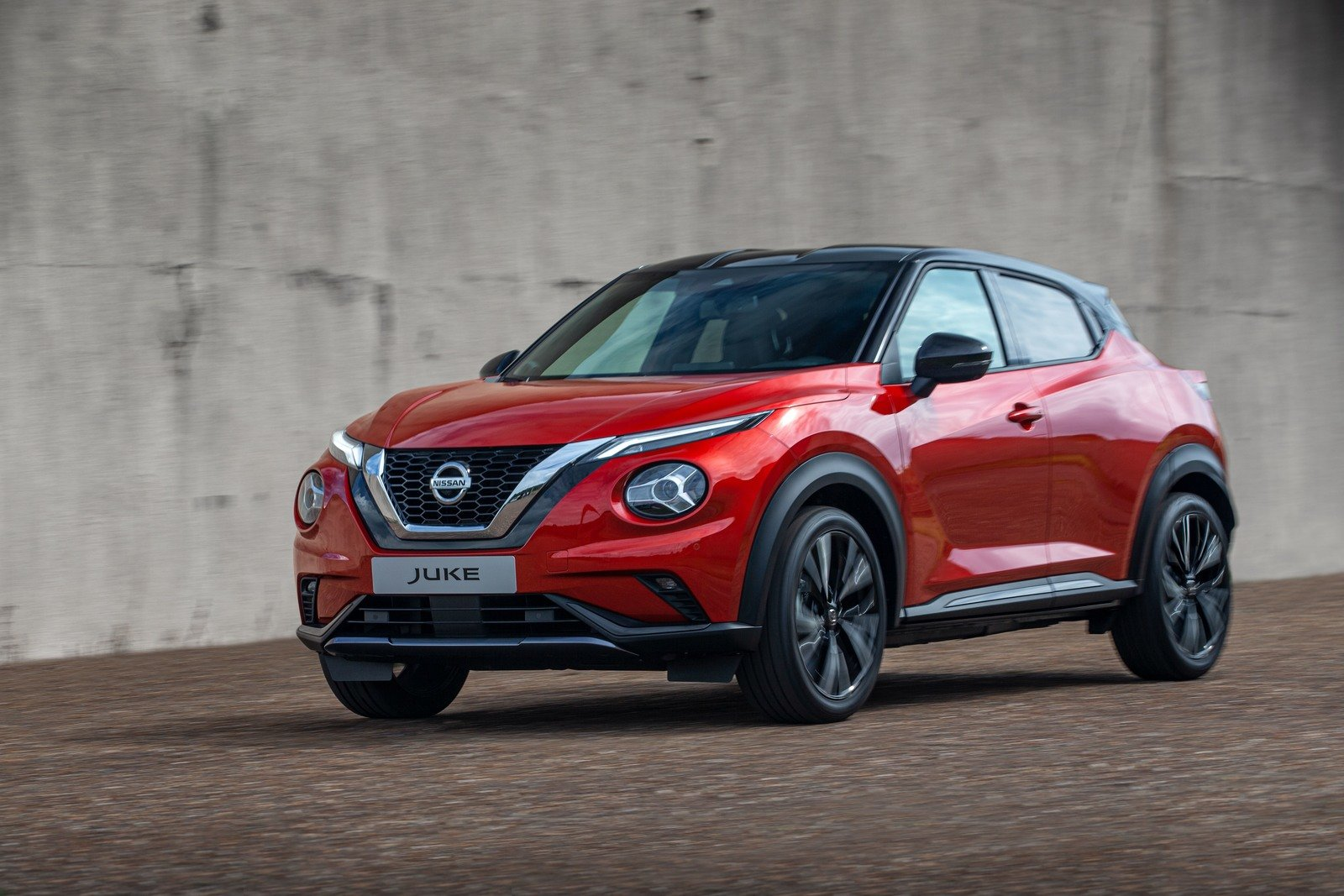 2019 nissan juke arrives with updated design  new platform and roomier interior