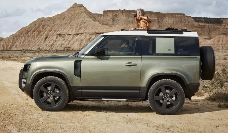 2020 Land Rover Defender looks a lot like the 2011 Land Rover DC100 concept