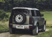 2020 Land Rover Defender looks a lot like the 2011 Land Rover DC100 concept - image 861695