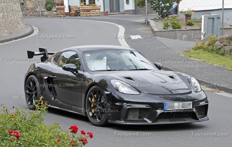Can You Realistically Expect 500 Horsepower from the 2022 Porsche 718 Cayman GT4 RS? Exterior Spyshots - image 862514