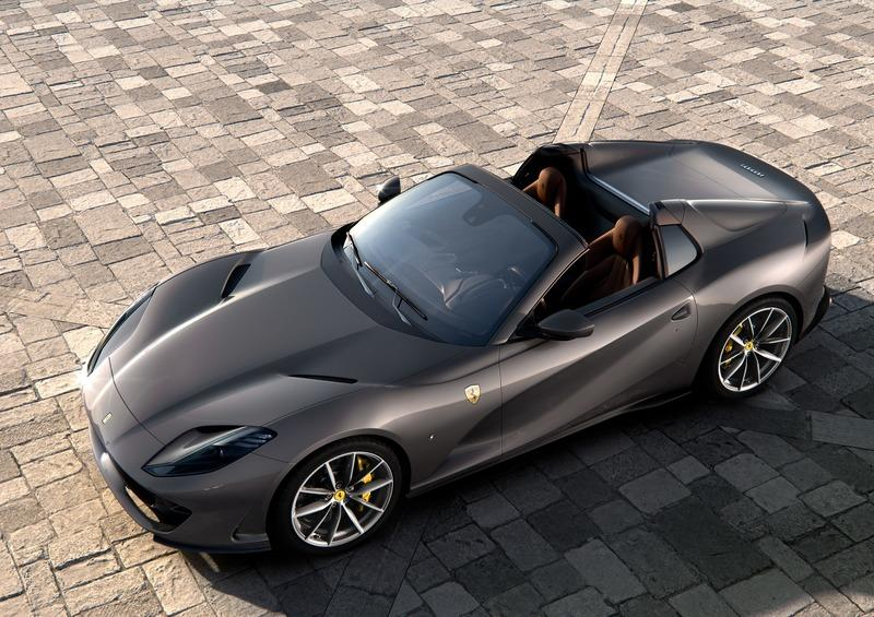 Cool Quirks About The New Ferrari 812 GTS Exterior - image 860165