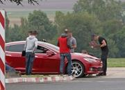 Here's That Video of the Tesla Model S Tearing Up Laguna Seca - Is Another Record Attempt Coming? - image 861634
