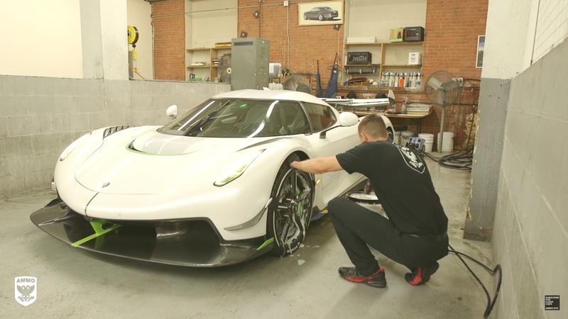 Koenigsegg Put Massive Amounts of Paint on the Jesko Supercar