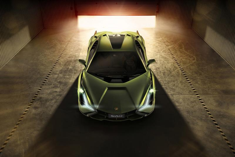 Lamborghini Confirms Hybrids are Coming, But Condemns the 2020 Geneva Motor Show Exterior - image 859041
