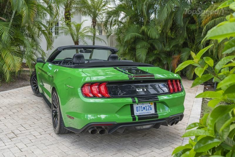 The Ford Mustang's V-8 Is Here to Stay - At Least For Now, Anyway Exterior - image 861539