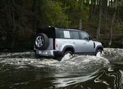 2020 Land Rover Defender - image 860984
