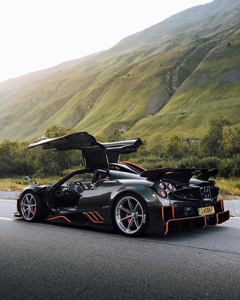 The Pagani Imola Is Extreme in All the Right Ways