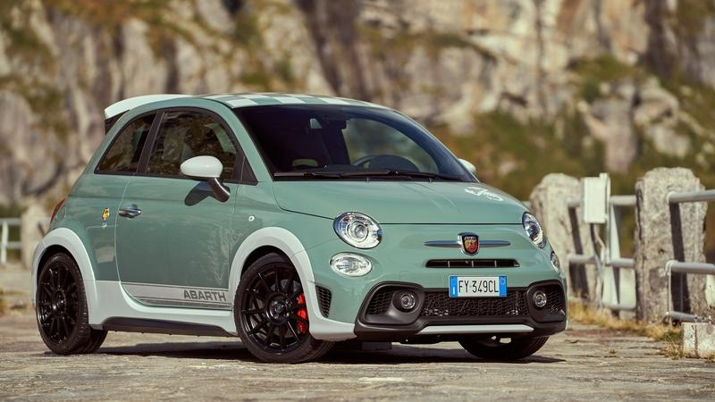 2020 Abarth 695 70th Anniversario
