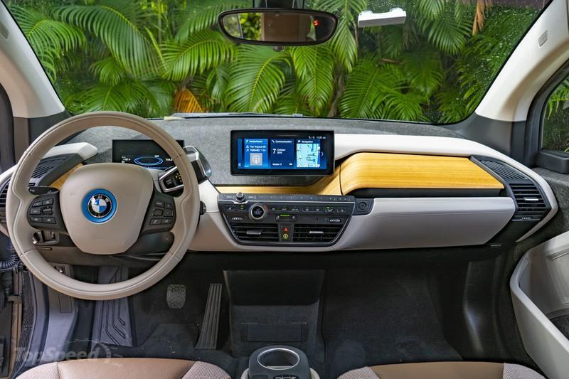 2019 BMW i3 - Driven Interior - image 866426
