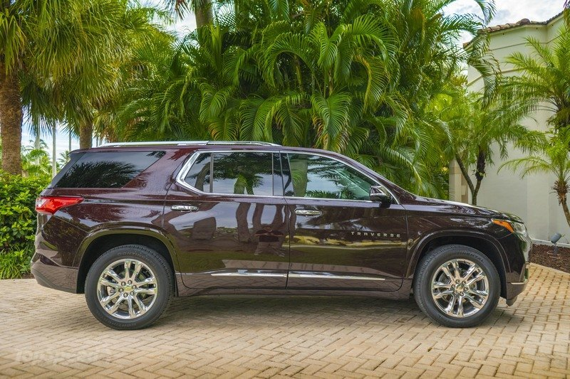 2020 Chevrolet Traverse - Driven Exterior - image 867494